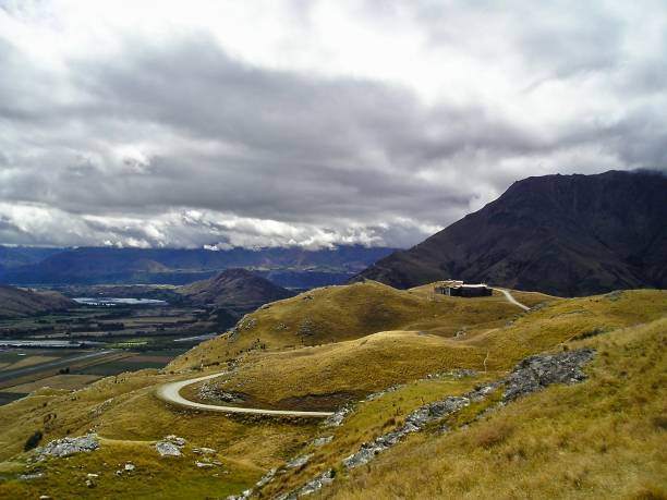the rolling hills of rohan - mcdermp stock pictures, royalty-free photos & images
