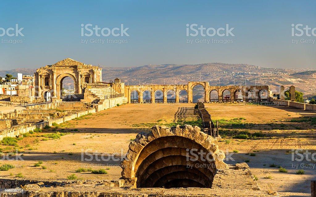 The Roman Circus or Hippodrome in Jerash photo libre de droits