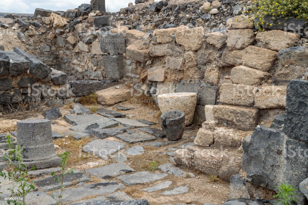 Las ruinas de la Susita griego - ciudad romana del siglo III A.C. - el 8 º siglo D.C. Hippus - en los altos del Golán, cerca del mar de Galilea - Kineret, Israel - Foto de stock de Abandonado libre de derechos