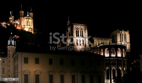 The Saint-Jean-Baptiste cathedral and the Fourvière basilica at night.