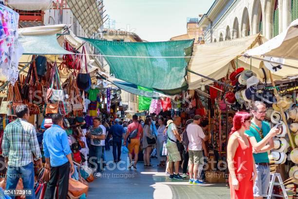 The san lorenzo market a popular tourist outdoor market full of picture id824173918?b=1&k=6&m=824173918&s=612x612&h=zgpw3ox fufee0hakx8spcxsxanqz7ouxaug2xl 4vk=