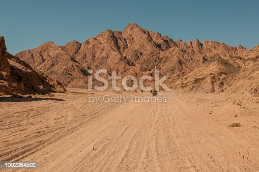 The sand way across the Moses mountains, Egypt