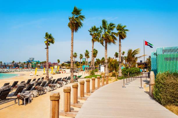 das meer jumeira beach, dubai - jumeirah stock-fotos und bilder