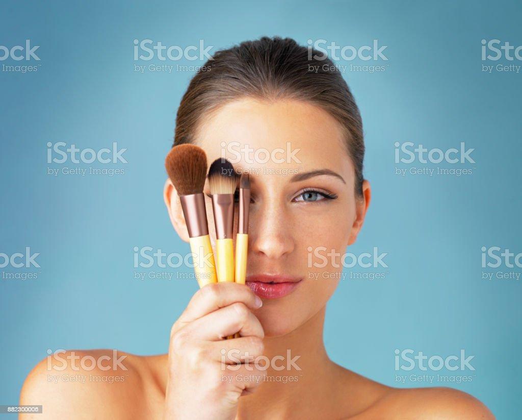 Das Geheimnis für ein makelloses Make-up-routine – Foto
