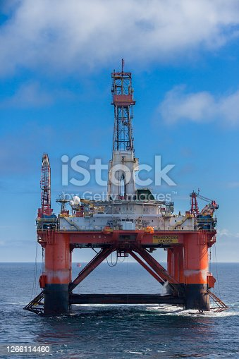 NORTH SEA NORWAY - 2015 MAY 25. The semi-submersible drilling rig Transocean Leader at location