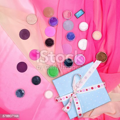 istock the set of cosmetics. the view from the top 578807144