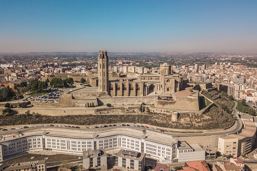 The Seu Vella Cathedral In Lleida — стоковые фотографии и другие картинки Архитектура