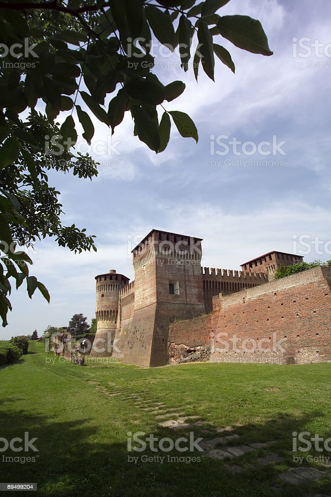 The Sforza medieval Castle in Soncino,Italy royaltyfri bildbanksbilder