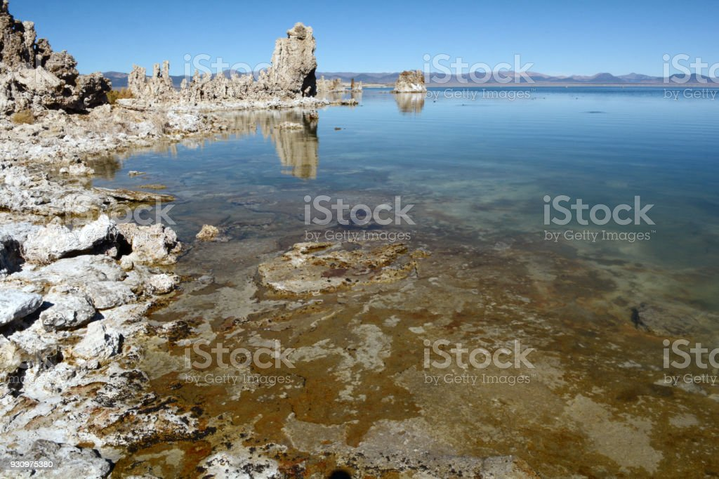 The shoreline of Mono Lake on a sunny afternoon stock photo