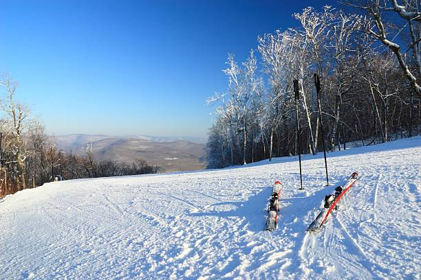 The Ski Run Awaits  catskill mountains stock pictures, royalty-free photos & images