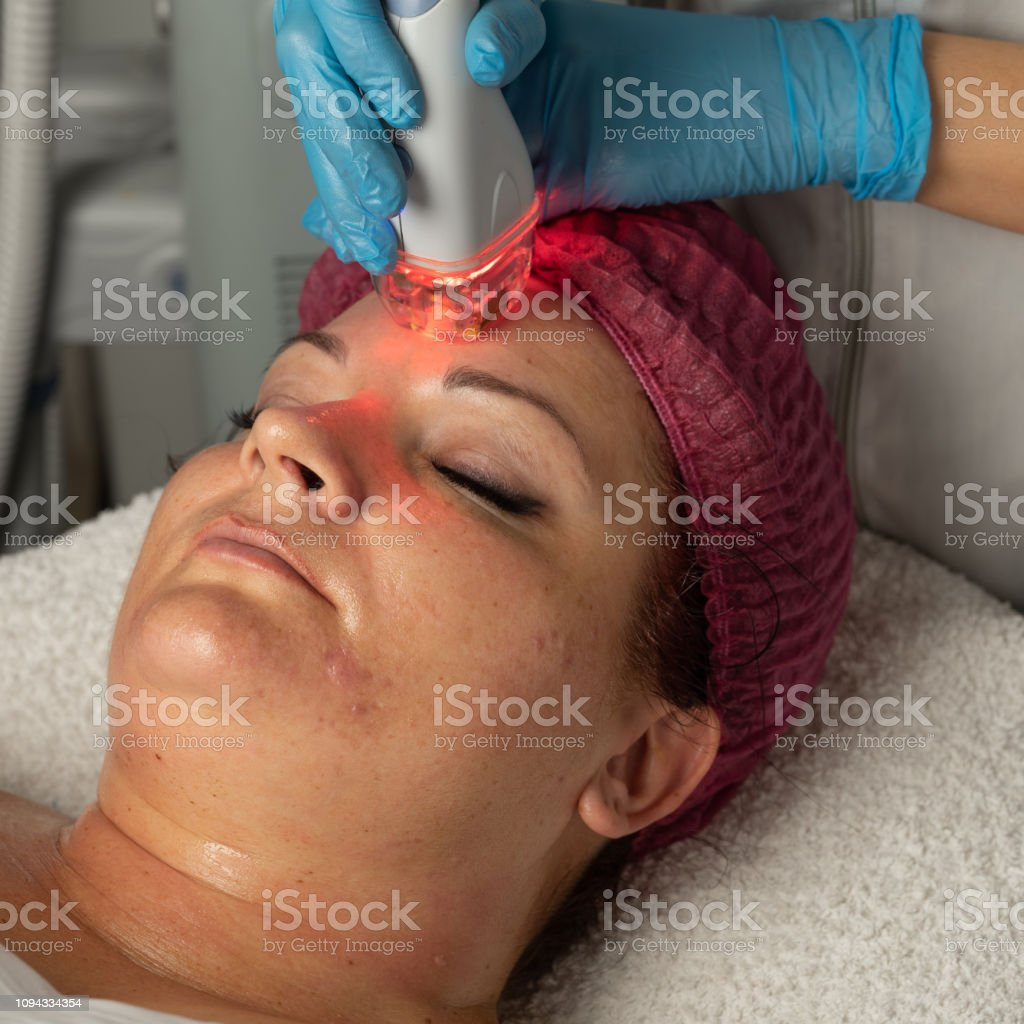 The Skin Specialist Does A Lpg Massage To Facelift Procedure Stock Photo Download Image Now Istock