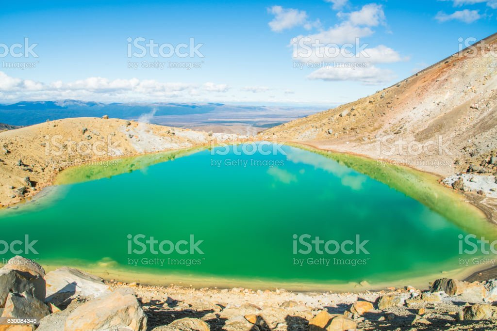 The spectacular landscape of the emerald lake in Tongariro Alpine Crossing track, Tongariro national park, North Island, New Zealand. stock photo