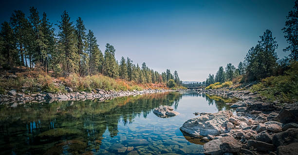 the spokane river centennial trail - river stock photos and pictures