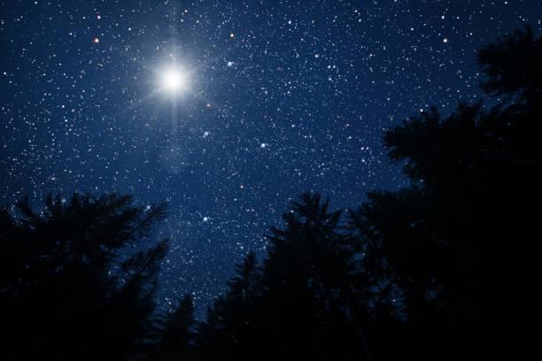 a estrela indica o natal - stars - fotografias e filmes do acervo