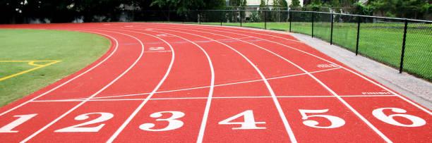 a linha de início-término em uma faixa - atletismo - fotografias e filmes do acervo