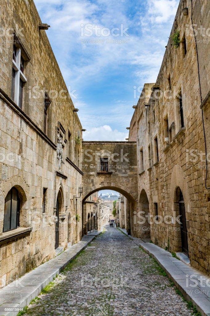 The Street of the Knights on a beautiful day, Rhodes island royaltyfri bildbanksbilder
