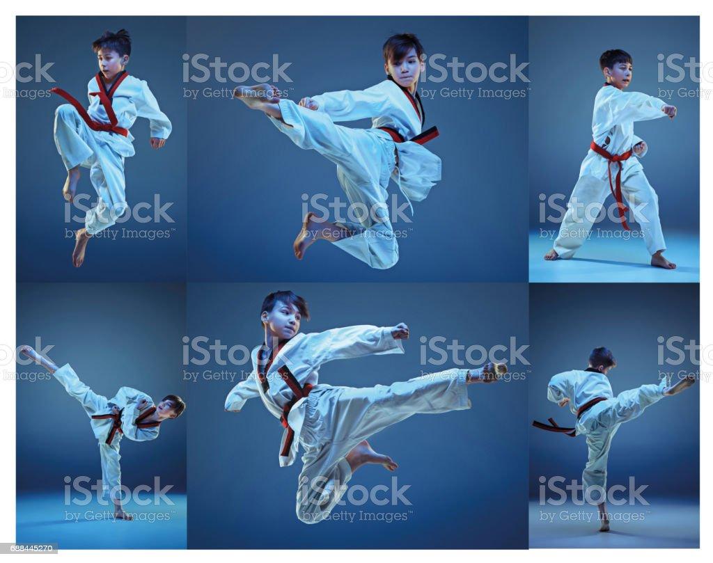 El disparo de estudio de formación de artes marciales de karate niños - foto de stock