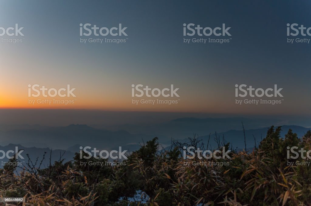 Güneş ufka olduğunu - Royalty-free Akşam karanlığı Stok görsel