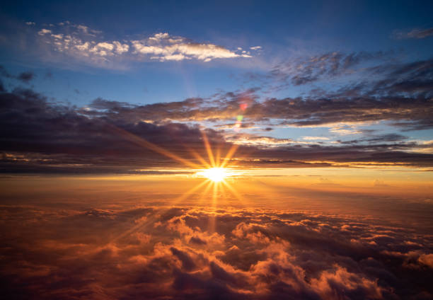 The sunrise over the sea of clouds The sunrise view from the top of the mountain Fuji sunrise stock pictures, royalty-free photos & images