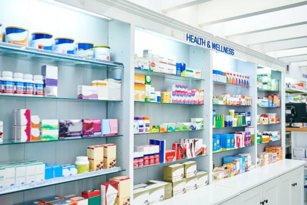 the supplier of your medical needs - доза стоковые фото и изображения