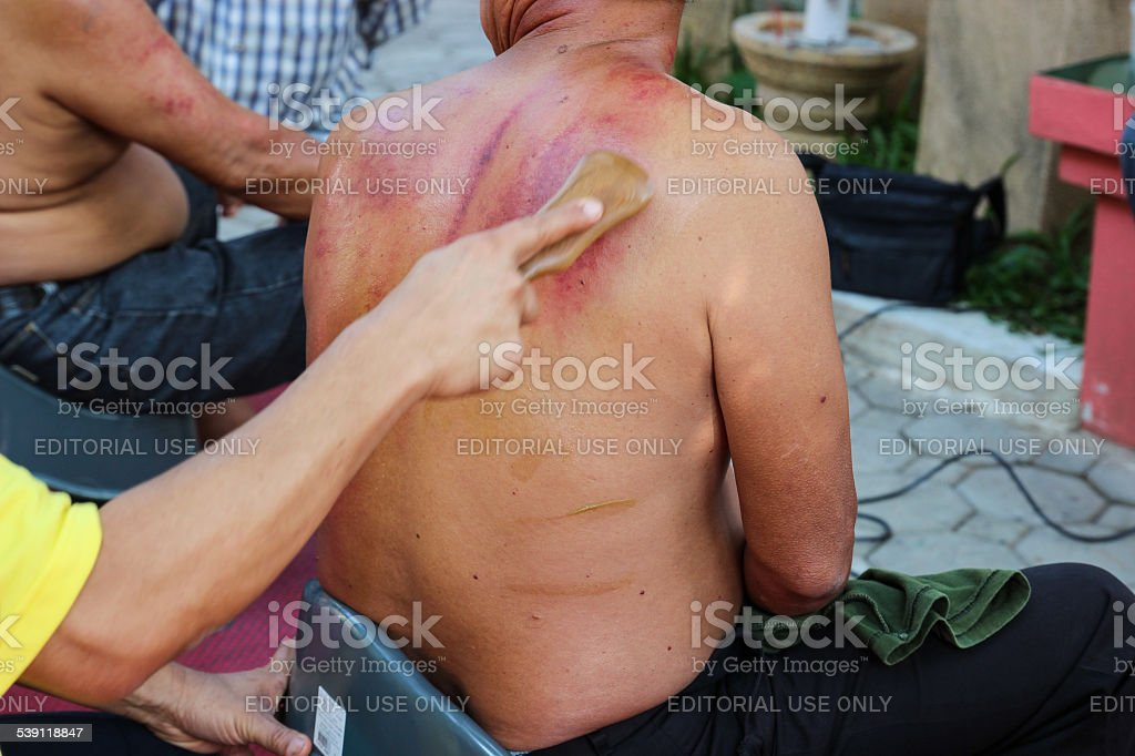 The teacher demonstrate guasa technique which is the Alternative stock photo