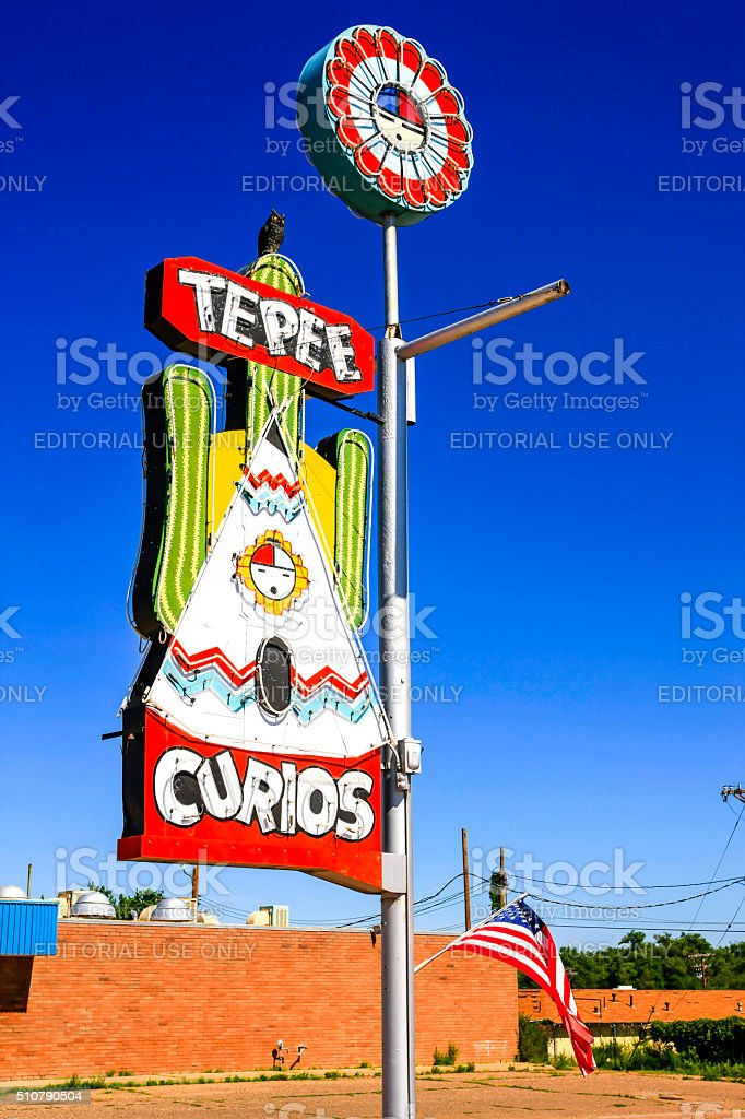 The Tee Pee Curios store sign in Tucumcari, New Mexico stock photo