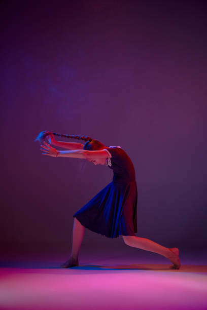 the teen modern ballet dancer - dance group stock photos and pictures
