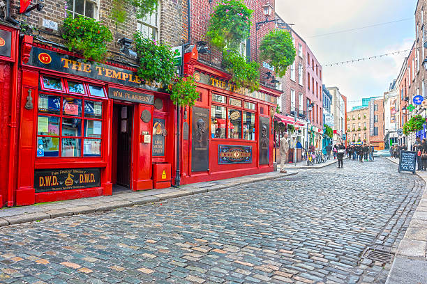 the temple bar - republic of ireland stock pictures, royalty-free photos & images