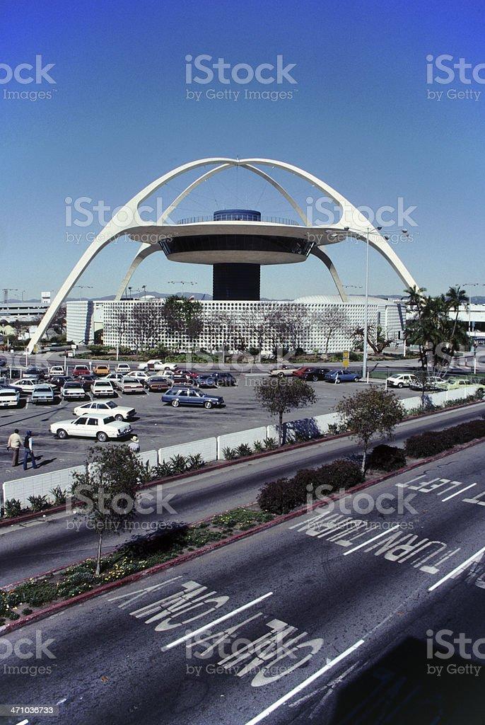 O tema edifício no Aeroporto Internacional de Los Angeles - foto de acervo