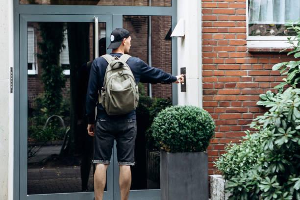Der Tourist mit dem Rucksack. – Foto