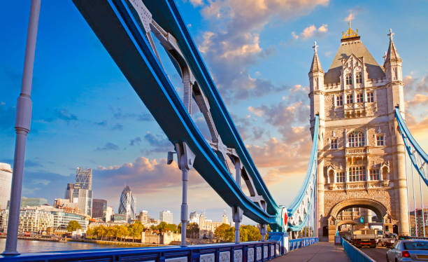 The Tower Bridge in London London with Tower Bridge, The Tower and modern buildings on the bank of river Thames tower bridge stock pictures, royalty-free photos & images
