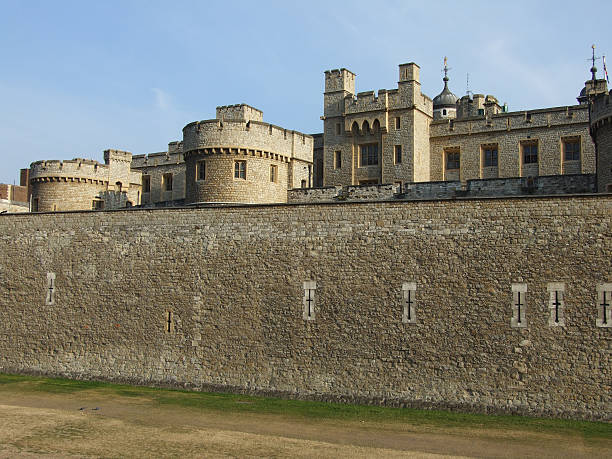 the tower of london - belkindesign stock pictures, royalty-free photos & images