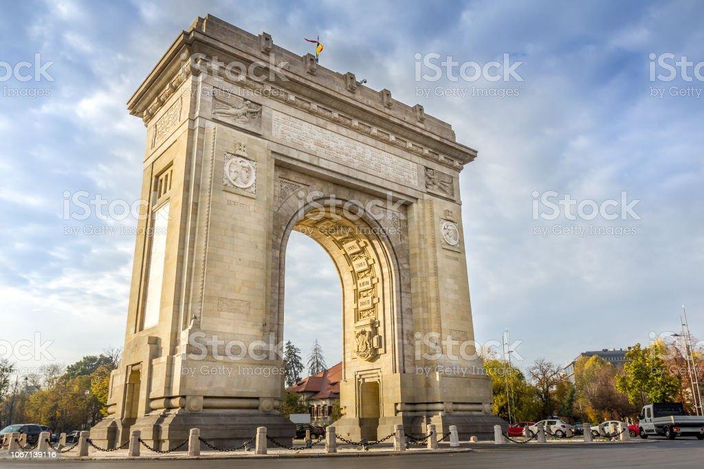 Der Triumphbogen (Arcul de Triumf) in Bukarest, Rumänien – Foto