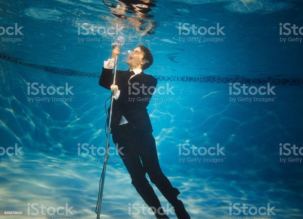 The underwater singer