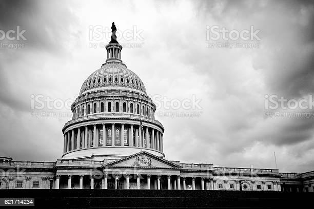 The united states capitol building washington dc picture id621714234?b=1&k=6&m=621714234&s=612x612&h=ruwcph1b1vw aslhp0gztape2b4xwhicsajp438dr18=