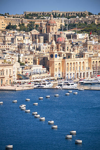 The view of Birgu peninsula from the bordering terrace – Foto