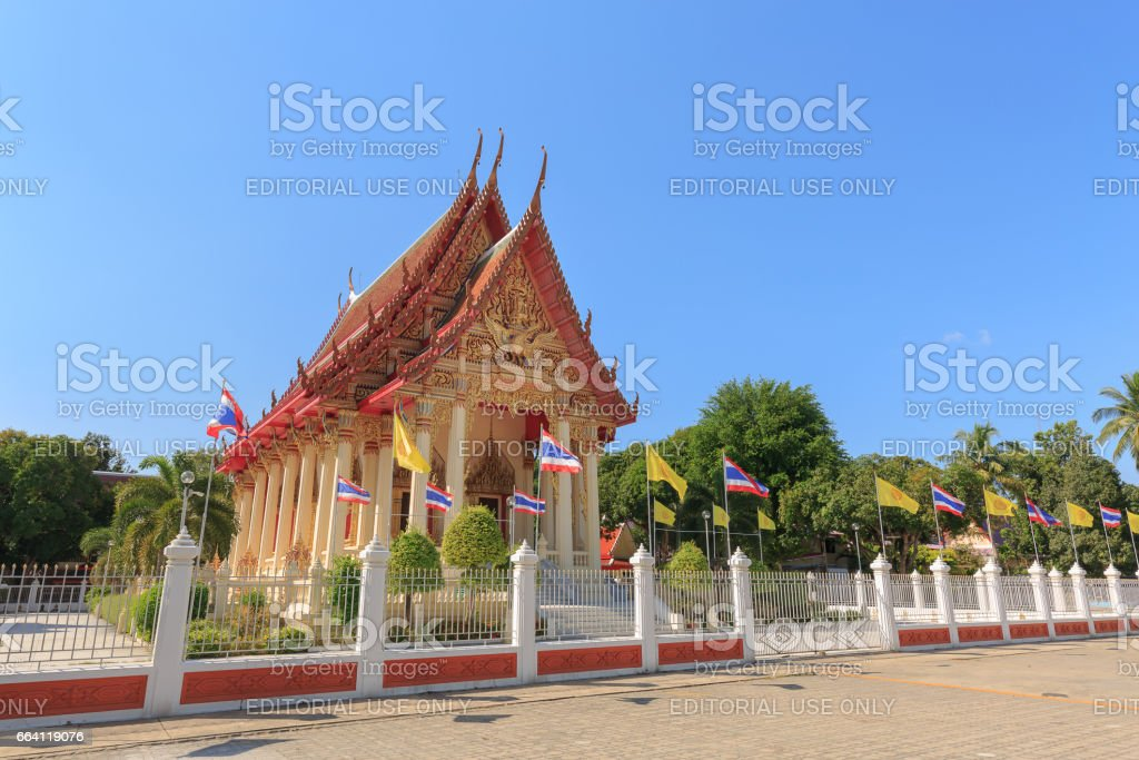 SATTAHIP, THAILAND - APRIL 2, 2017 : The view of  Sattahip Temple in day time at Sattahip,Thailand. Sattahip is a district in province Chonburi, located near  PATTAYA foto stock royalty-free
