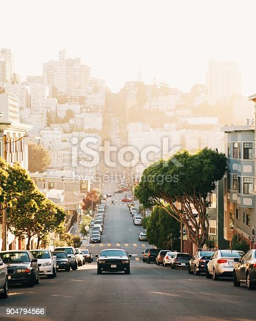 istock The view on street from the hill in San-Francisco. 904794566