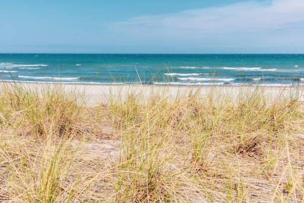 Der Blick über die Düne der Ostsee bei schönem Wetter – Foto