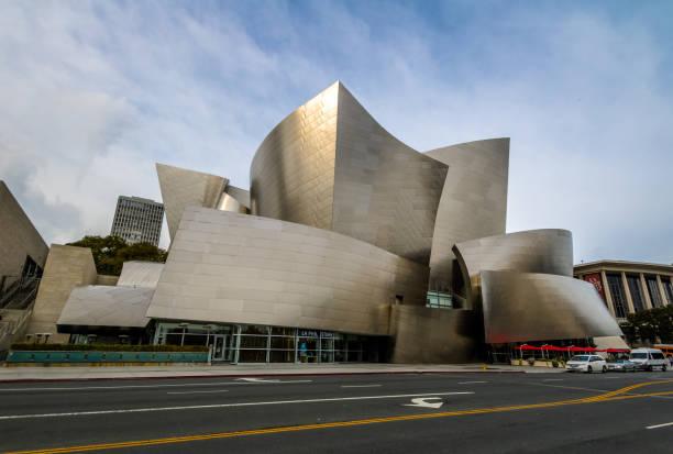 die walt disney concert hall - los angeles, kalifornien, usa - modernes disney stock-fotos und bilder