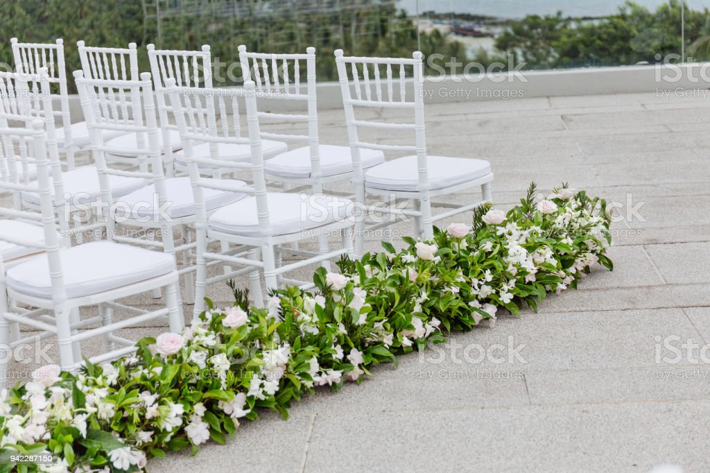 The White Chiavari Chairs Setup For Modern Beach Wedding Venue