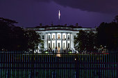 Photo of the White House in Washington, D.C. by night, taken in 2019.