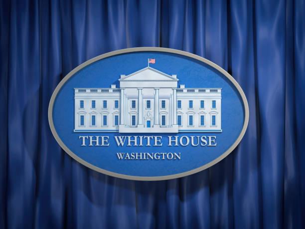 mavi zemin üzerine beyaz saray washington işareti - white house stok fotoğraflar ve resimler