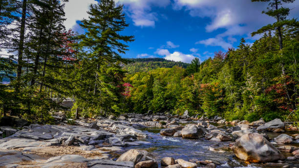 de witte bergen in new hampshire - new hampshire stockfoto's en -beelden