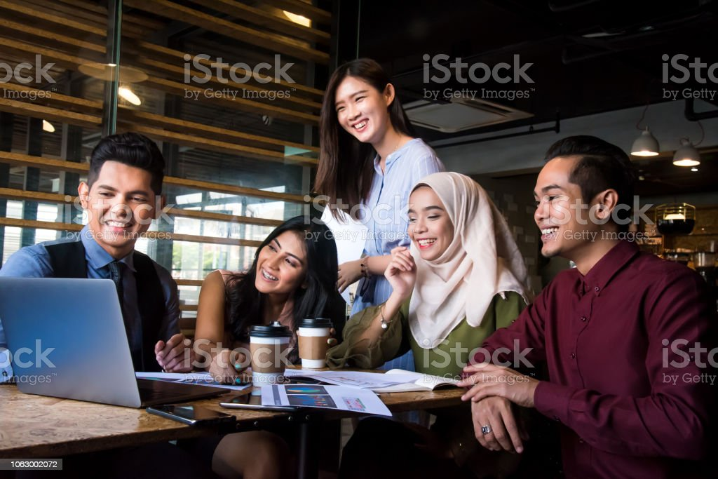 De winnende business strategie die u ooit nodig hebben is een succesvol en productief samenwerking - Royalty-free Advies Stockfoto