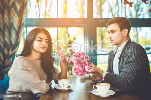 istock The woman reject a flowers from her man 1083082616