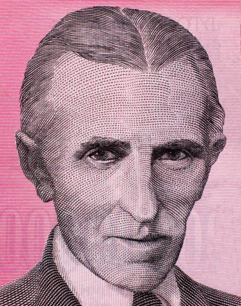 die welt berühmter erfinder nikola tesla porträt hautnah auf alten jugoslawien 10 mrd. dinar-banknote - erfinder der fotografie stock-fotos und bilder