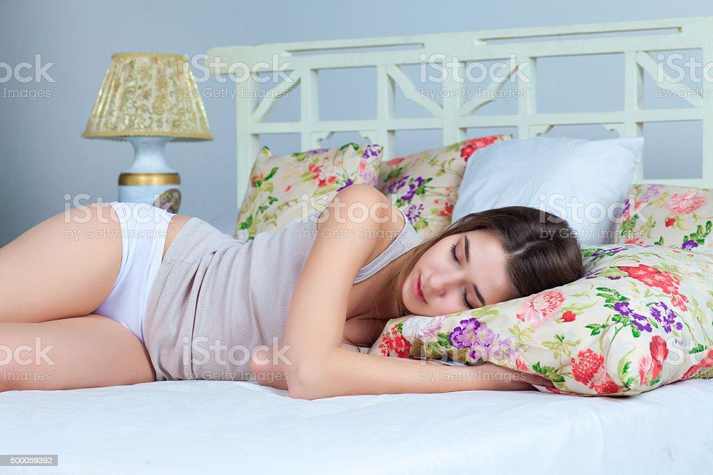 Приключения молодых в постели