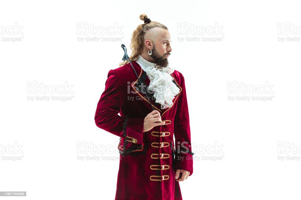 De Vêtu Le Jeune Costume Libre Droit Photo Homme Traditionnel Dun qSVpGjLzUM