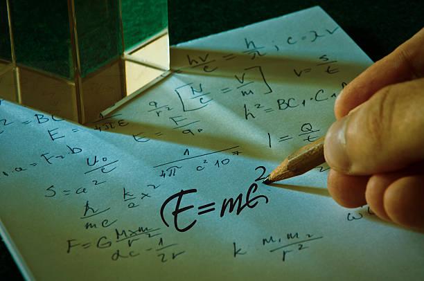 theory of relativity by albert einsteins - e=mc2 fotografías e imágenes de stock